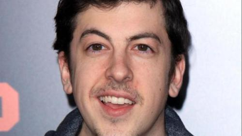 195967-christopher-mintz-plasses-awkward-pictures
